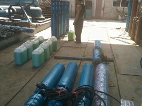 发往山东济阳250QJ喷泉泵全部添加防冻液