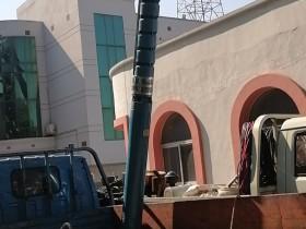 250QJR耐高温热水泵天津塘沽下井进行时~